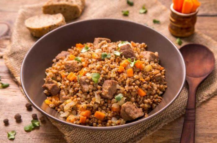Как правильно, а главное вкусно приготовить гречку с мясом в казане