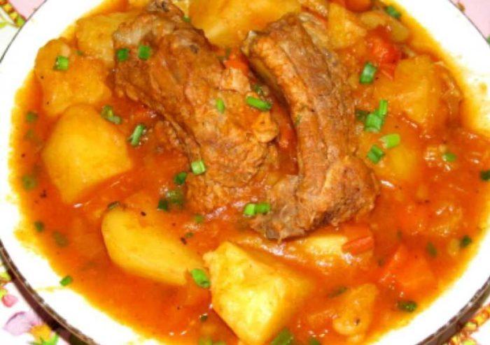 ТОП-5 рецептов свиных ребрышек с картошкой в казане